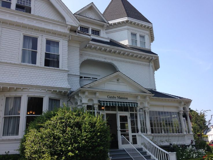 Amazing hotel in Victoria, BC, Canada - The Huntingdon Manor, awesome staff, great rooms and good location