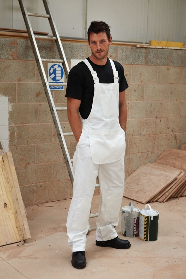 DICKIES WORKWEAR - Dickies Decorators Bib and Brace      Deep front pouch pocket     Angled chest pocket     One back patch pocket     Rule pocket     Adjustable plastic snap fasteners     Knee pad pouches  Less than £25 delivered tomorrow!