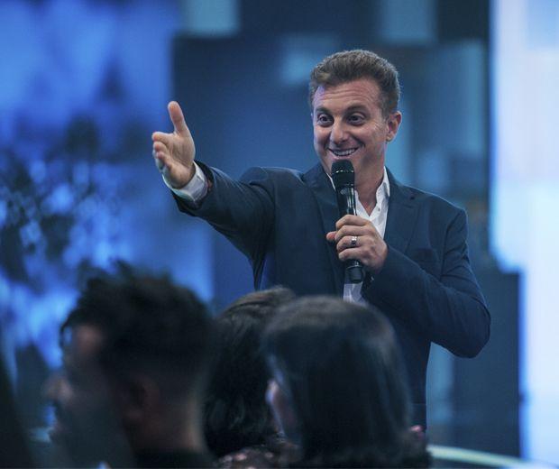 Luciano Huck fala sobre chance de ser presidente do país e vira piada na web #Angélica, #Brasil, #Gente, #Globo, #Ludmilla, #Noticias, #Política, #Presidente, #SãoPaulo, #TaísAraújo, #Tv, #TVGlobo http://popzone.tv/2017/03/luciano-huck-fala-sobre-chance-de-ser-presidente-do-pais-e-vira-piada-na-web.html