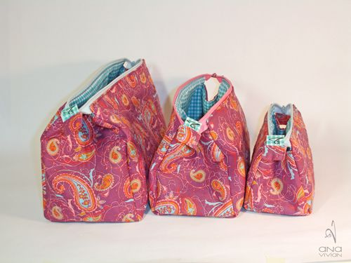 zippered bag pattern and tutorial in 3 sizes