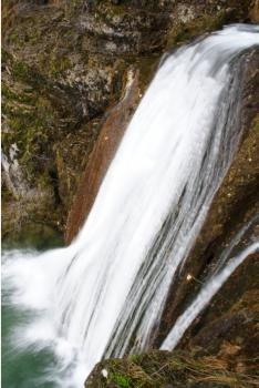 Nacimiento del Río Mundo. Ruta por la Sierra de Alcaraz.