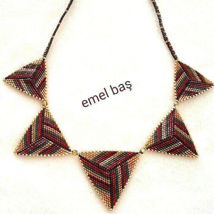 Peyote triangles by Emel Bas from Turkey