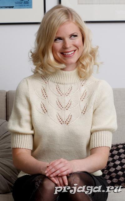 Пуловер спицами с кружевным узором