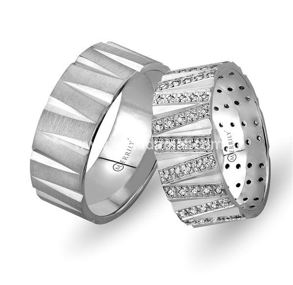 Merrily Alyans / Daha fazlası için www.gelindamat.com #alyansmodelleri #yüzük #gümüş #altın #weddingrings #bride #wedding #düğün #takı #düğüntakısı #evliilik #alyans #2016 #dubai #tektaş #beştaş #nişan #söz #silver #gold #jewelry #adorable #admiration #fashion #altınkolye #elmas #pırlanta #tamtur #shopping #takı #mücevherat #sanat #kişiyeözelalyans
