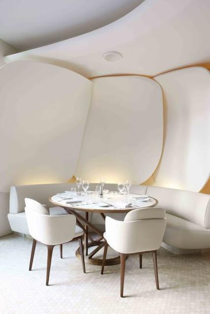 Camelia restaurant. | Mandarin Oriental Hotel, Paris.