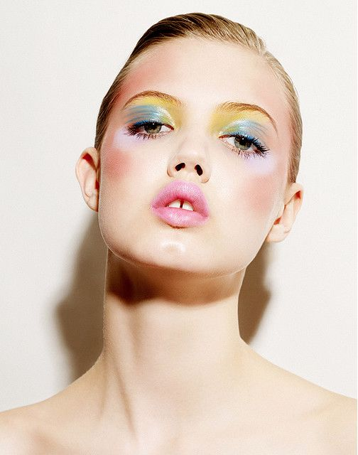 lindsey wixson : pink lips and watercolor eyes