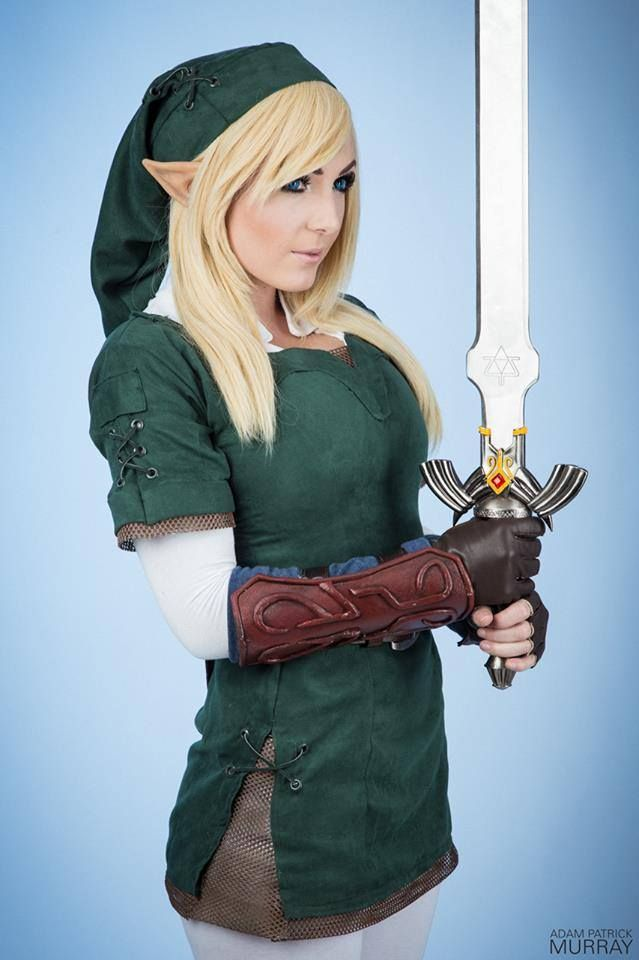Link cosplay by Jessica Nigri, Photo by Adam Patrick Murray