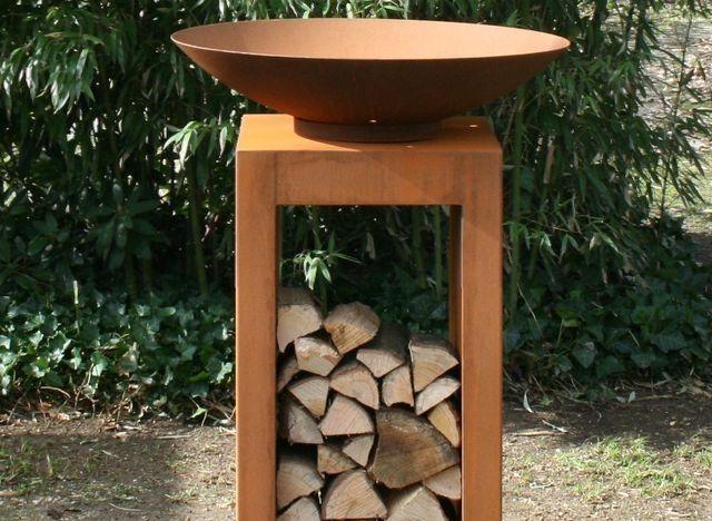 De Burni vuurschaal is gemaakt van cortenstaal en verkrijgbaar in maar liefst 5 maten: 60, 80, 100, 120 en 150 cm. Bestel eenvoudig online. GRATIS thuisbezorgd!