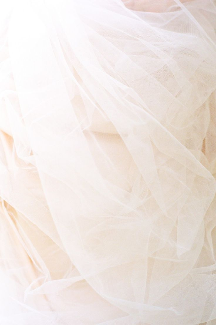 tulle. one of my absolute favorite things in life. :)