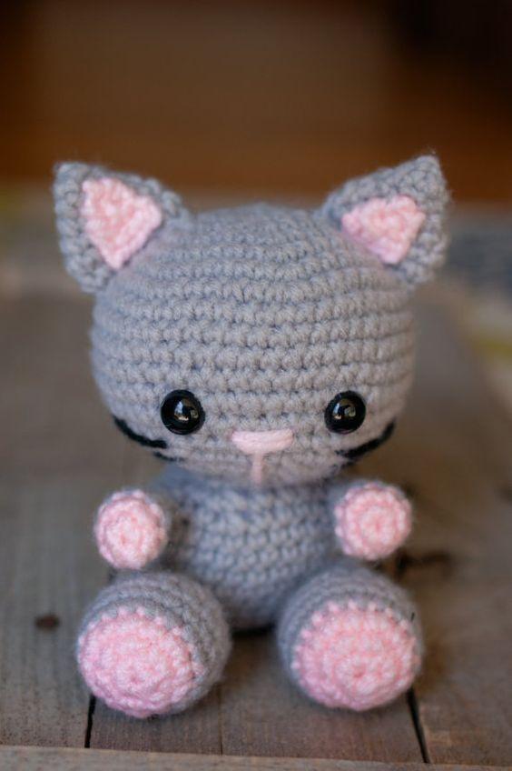 PATRÓN: Ganchillo gato patrón amigurumi por TheresasCrochetShop