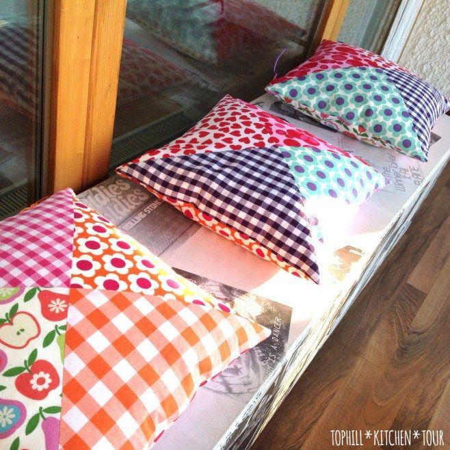 kissen patchwork n hen pinterest patchwork kissen und stoffreste. Black Bedroom Furniture Sets. Home Design Ideas