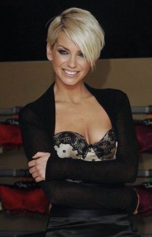 Sarah Harding latest short hairstyle - Beauty and fashion