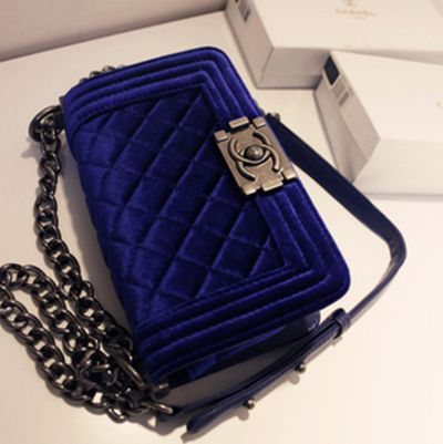 chanel blue velvet pocketbook
