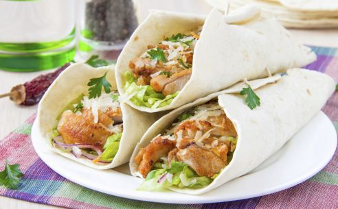 Wrap met kip | GezondheidsNet http://www.gezondheidsnet.nl/wat-eten-we-vandaag/wrap-met-kip #recept