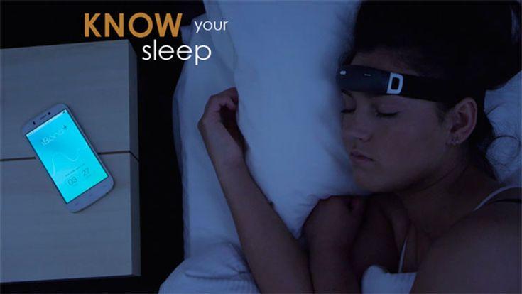 Стартап iBand+ собирает средства на массовое производство устройств, позволяющих видеть осознанные сновидения. С помощью аудиовизуальных сигналов, подаваемых во время фазы быстрого сна, гаджет позволит человеку осознавать свое присутствие во сне и управлять его сюжетом.