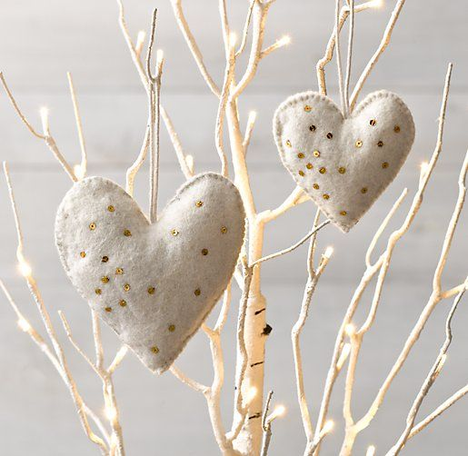 Easy felt Christmas ornaments. White hearts, gold accents