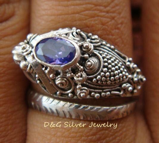 Anello a serpente gotici d'argento 925 Petite w/ametista RI-128-DG di DGSilverJewelry su Etsy https://www.etsy.com/it/listing/225798325/anello-a-serpente-gotici-dargento-925