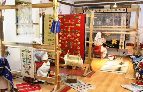 Handmade romanian traditional rugs - Oakville Ontario Canada
