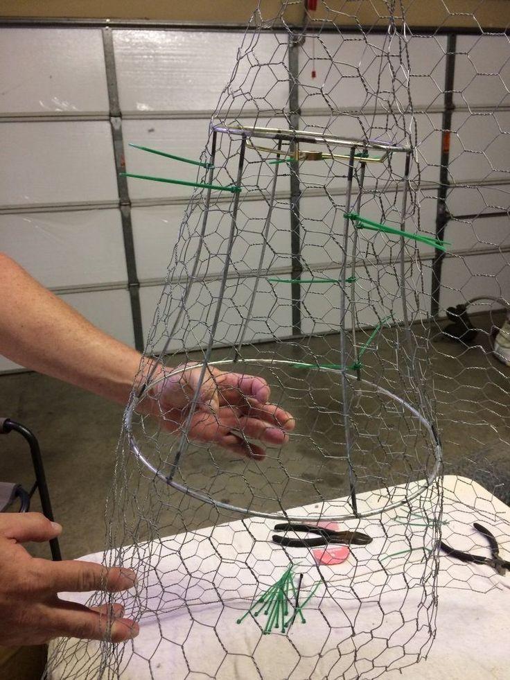 Diy Chicken Wire Cloche En 2020 Art Grillage Artisanat Avec Du