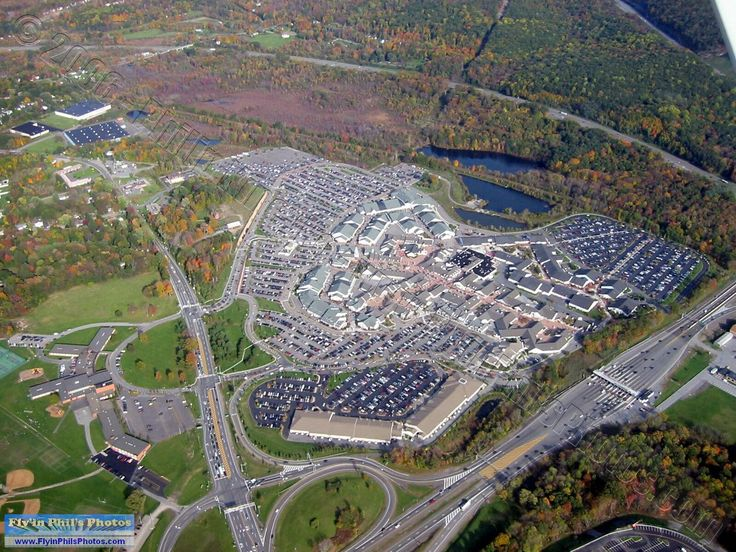 reviews of Woodbury Common Premium Outlets