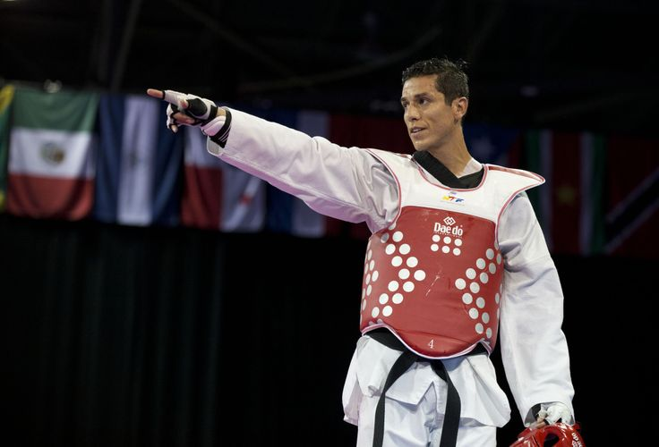 One Lopez prevails at U.S. Olympic taekwondo trials