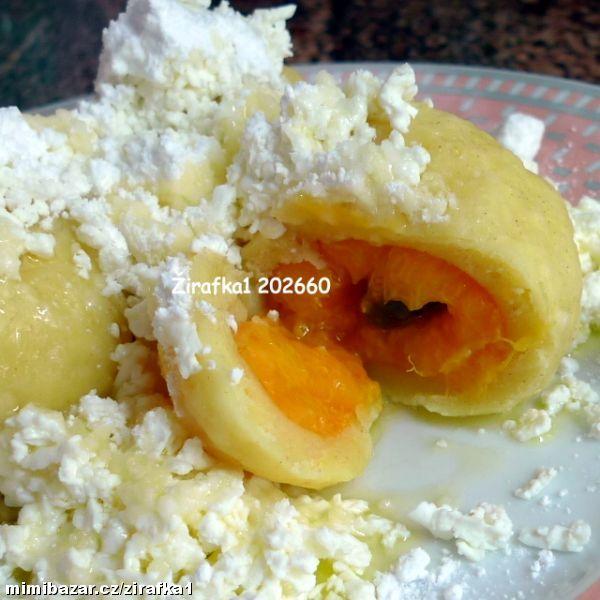 Tvarohové ovocné knedlíky s meruňkami .............jednoduché a velice rychlé s podrobným postupem