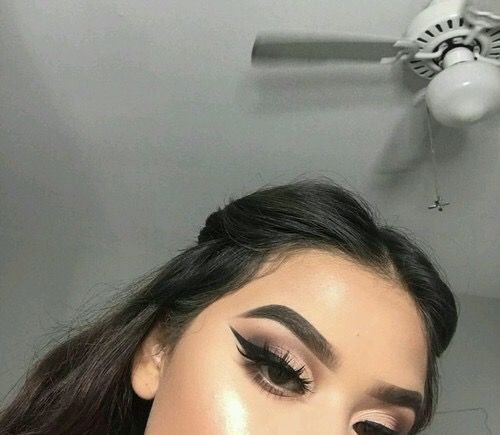 """PINTEREST: CHOCOLATE DIARIES ✨ Download The App Mercari And Use My Code """"YBAHAH"""" For Free Makeup & Items ❤️"""