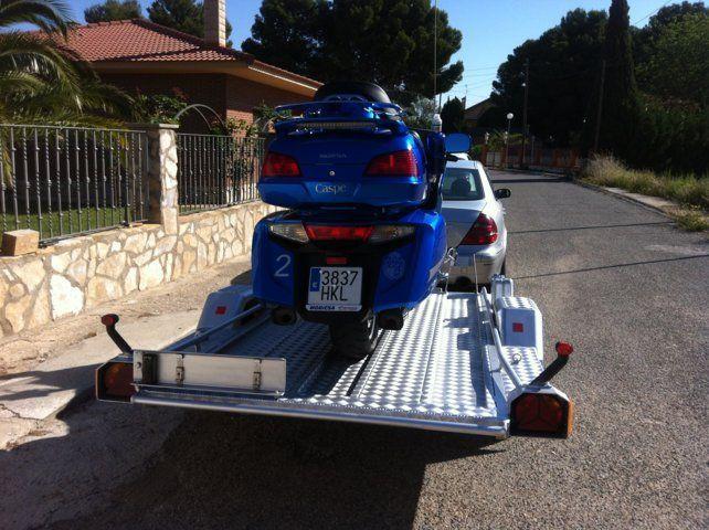 remolque basculante de aluminio para motos grandes Girona