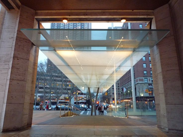 Cantilevered glass canopy at Robertson plaza by Diller Scofidio + Renfro.