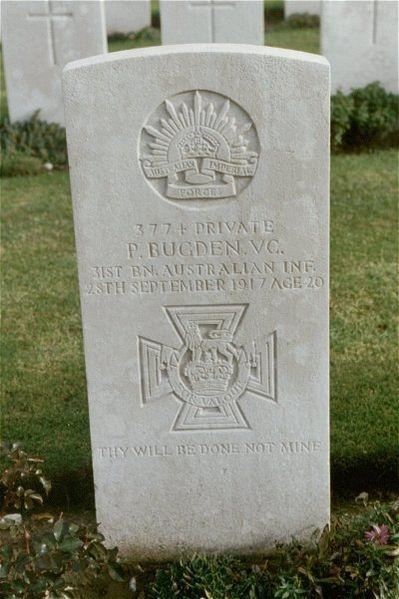 Pte Patrick J. Bugden VC gravestone in Hooge Crater Cemetery.