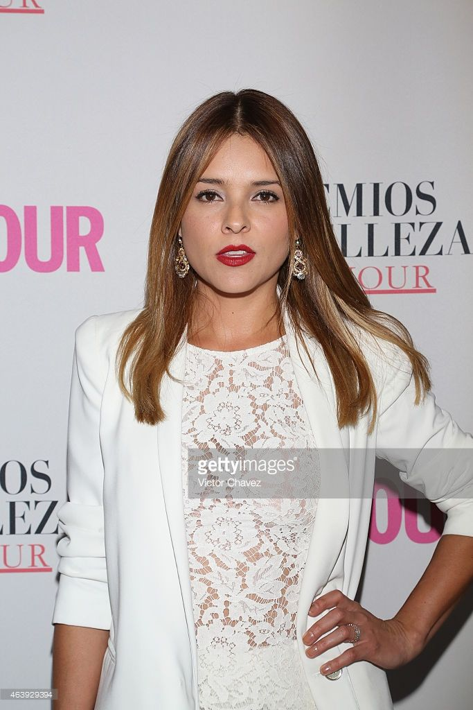 Grettell Valdez attends premios de belleza Glamour 2014 at salon Mayita on February 19, 2015 in Mexico City, Mexico.