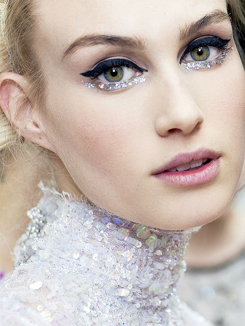 Chanel Haute Couture Spring/Summer 2014, Beauty. love the sparkly under-eye.