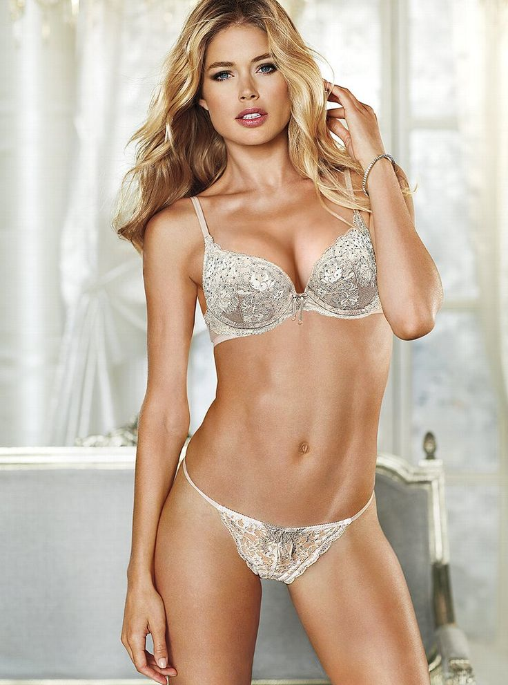 153 best Doutzen Kroes images on Pinterest | Doutzen kroes ...