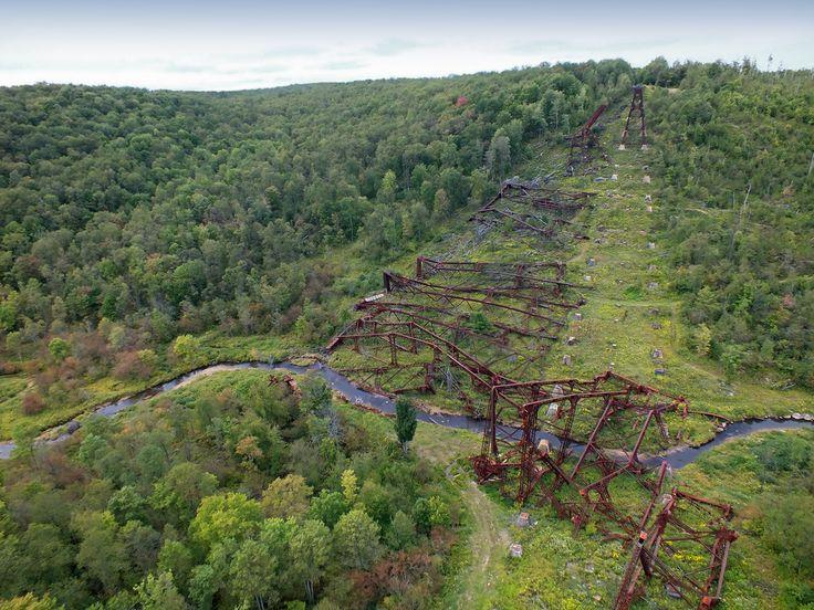 Collapsed portion of the Kinzua Viaduct a railroad bridge spanning the gorge of Kinzua Creek McKean County. Once the world's longest railroad bridge until a tornado hit it. [OS] [1024 x 768].