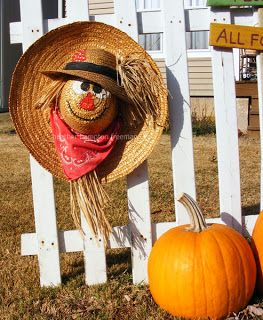 Straw Hat Scarecrow Wreath-super easy to make!