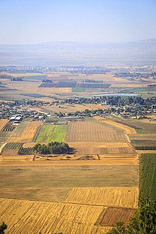 Una vista sobre el valle de Jezreel desde el Monte del Precipicio, Nazaret, región de Galilea, Israel, Oriente Medio