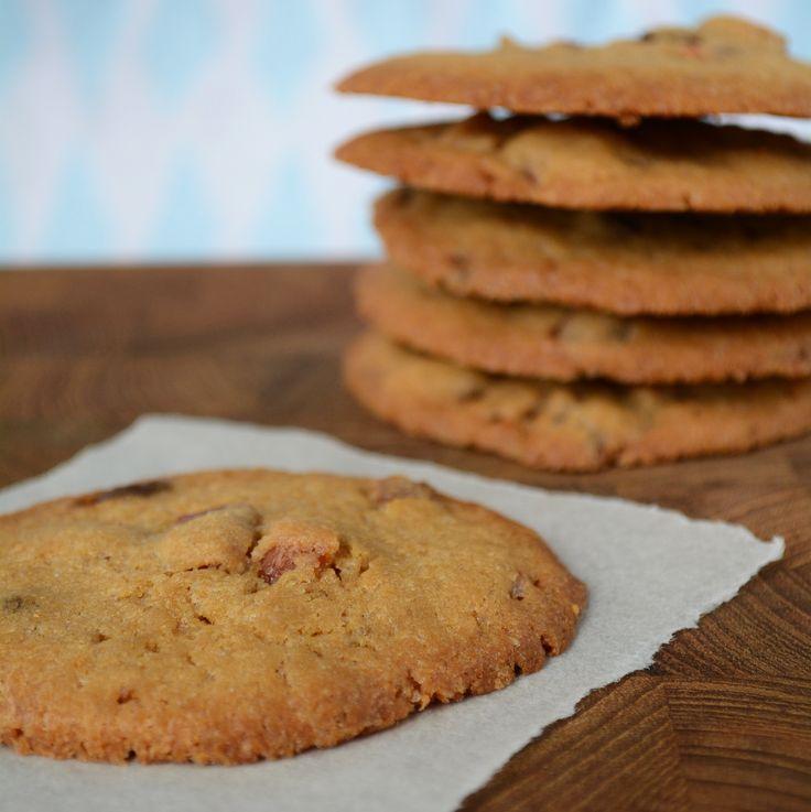 Prøv disse sprøde bacon cookies med kandiseret bacon, der giver baghjul til alle andre cookies! Find opskriften på www.fines.dk.