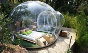 """These """"bubble hotels"""" are the ultimate camping experience - Posted on Roadtrippers.com!"""