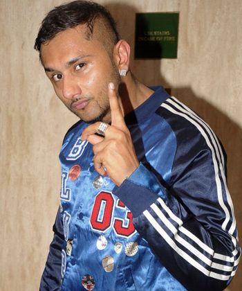 Honey Singh denies authoring the controversial lyrics!