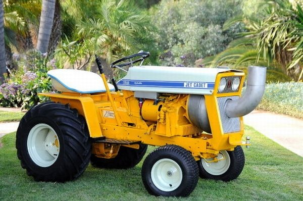 Old International Cub Cadet Lawn Tractor : Hp cub cadet lawntooldepot pinterest tractor