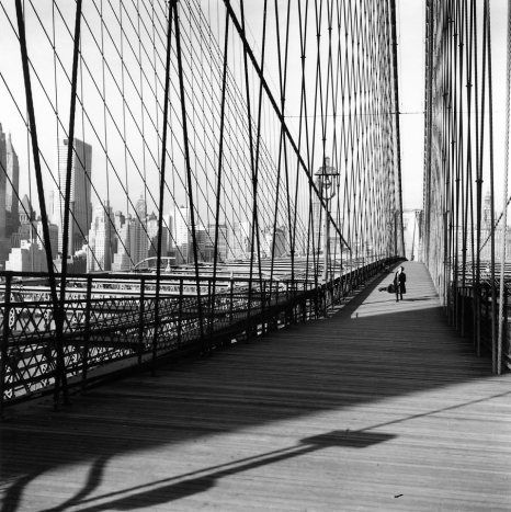 Robert DOISNEAU :: Le pont de Brooklyn, NYC, 1960