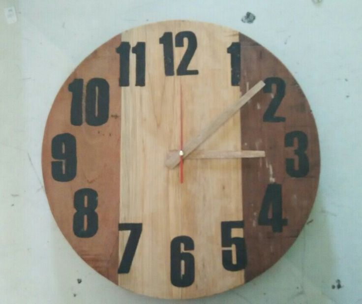 Timpakul Wood Clock