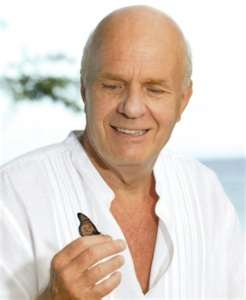 dr wayne dyer. Wisdom and kindness are hot.