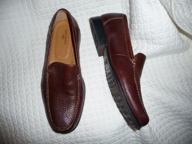 Dockers mens brown loafers sz 9.5 9 1/2 M  leather upper NICE pre-owned  shoes #Dockers #LoafersSlipOns