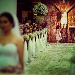 """""""Porque sou eu que conheço os planos que tenho para vocês"""", diz o Senhor, """"planos de fazê-los prosperar e não de lhes causar dano, planos de dar-lhes esperança e um futuro."""" Jeremias 29:11 #goiania #goias #brasil #fotografia #photography #casamento #wedding #ensaio #prewedding #esession #bolodecasamento #weddingcake #alianca #weddingrings #ideiasdecasamento #weddingideas #brazilianphotographer #melbournewedding #sydneywedding #inesquecivelcasamento #destinationwedding #fotografiadecasamento…"""