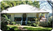 Pet Friendly Accommodation - maleny & sunshine coast | Montville Holiday House