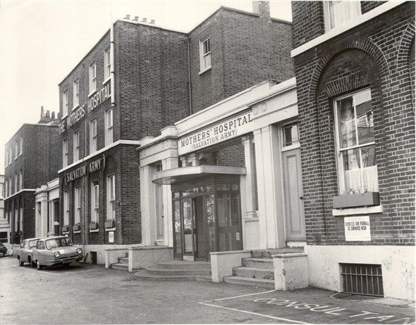 Exterior of the Mothers' Hospital from Lower Clapton Road, 1970 (catalogue reference: SBHF/PG/4)