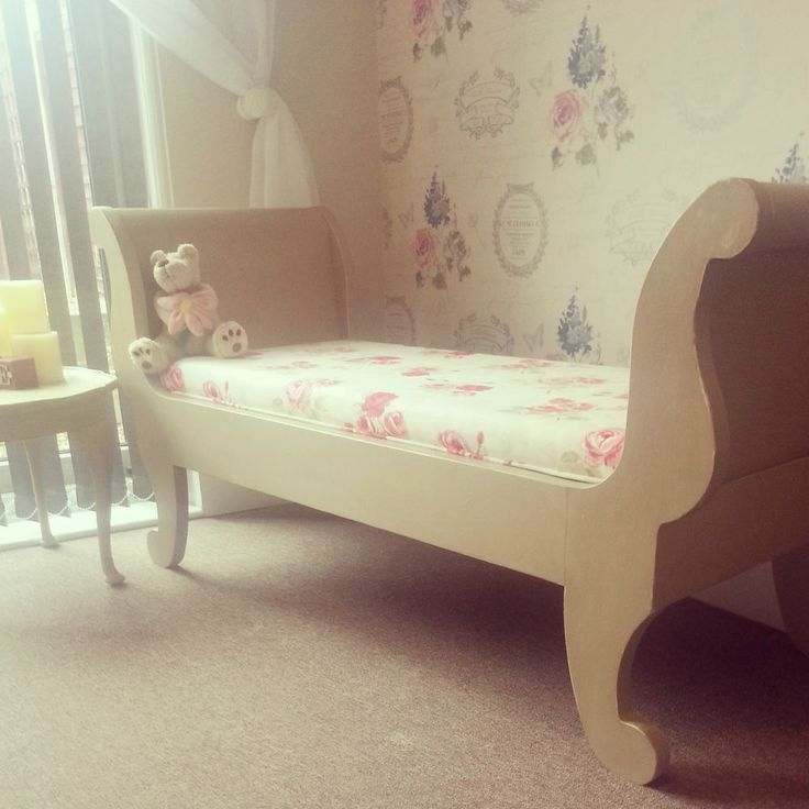 Shabby Chic Solid Pine Louis style Window Seat, Chaise Bench, Settle Pew, Daybed Painted with Annie Sloan Chalk Paint. Another beautiful set by Chic Boutique Furniture in Leicester. www.chicboutiqueuk.co.uk