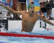 South Africa's Chad le Clos celebrates gold in the men's 200m butterfly final