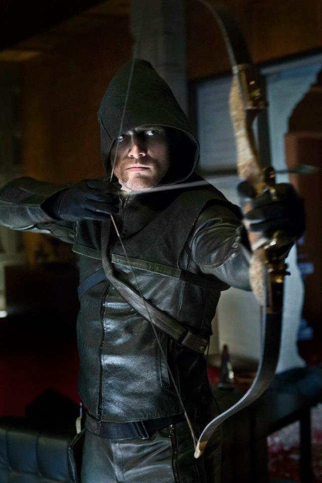 Arrow TV Show | Arrow - Stephen Amell is Green Arrow